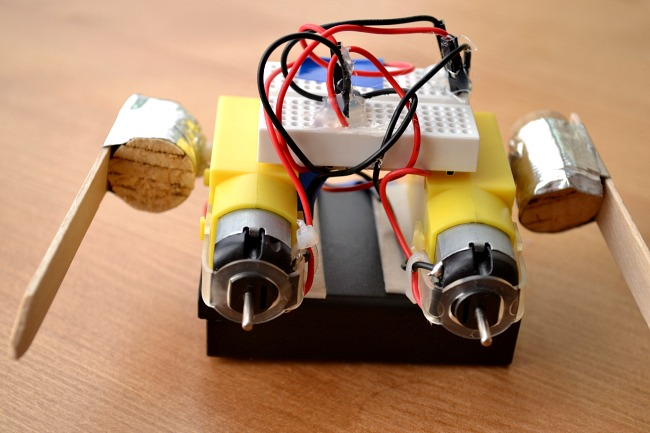 how to make a dancing robot